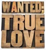 Önskad riktig förälskelse i wood typ Royaltyfri Foto