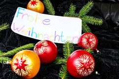 Önskaen av glad jul i tysk Royaltyfri Fotografi