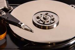 Öppen harddiskcloseup arkivfoton