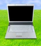 öppen luftbärbar dator Royaltyfri Foto