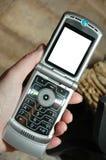 öppen telefon för cellflip Arkivbild