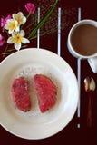Öppen tonfisksmörgås Arkivbilder
