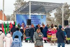 Öppen traditionell ferie av renherders och fiskare, infött folk av Sibirien royaltyfria foton