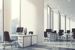 Öppet kontor för vit, vägg, nära för hörn som tonas upp royaltyfri illustrationer