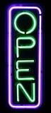 öppet purpurt tecken för grönt neon Royaltyfri Foto
