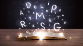 Öppna boken med Arkivfoto