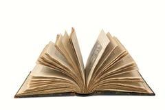 Öppna den gammala boken med Clippingbanan Arkivbild