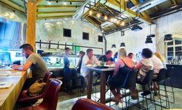 Öppna den Kichen restaurangen Royaltyfri Fotografi