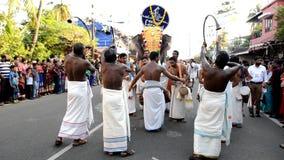 Öppna karnevalet för det nya året i fortet Kochi stock video