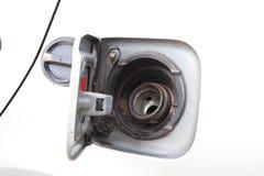 Öppna locket av bränslebehållaren Royaltyfri Foto
