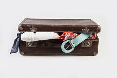 Öppna resväskan Royaltyfri Bild