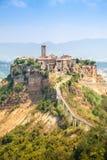 Öppna sikten av Civita di Bagnoreggio, Italien Arkivbild