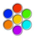 Öppna tenn- cans med den isolerade målarfärg och paletten royaltyfri fotografi