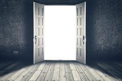 öppnad dörr Abstrakta inre bakgrunder Royaltyfri Bild