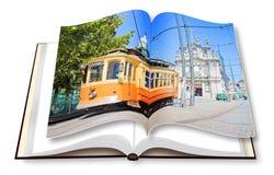 Öppnad photobook med den historiska trasportationen av Porto - Oporto - Portugal - Europa - på bakgrund royaltyfria foton