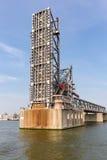 Öppnad stålbro i hamnen av Antwerp, Belgien fotografering för bildbyråer