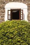 Öppnat fönster Royaltyfria Bilder