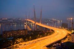 Öppning av inställningsbron i Vladivostok fotografering för bildbyråer