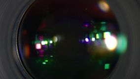 Öppning av kameran stock video