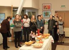 Öppning av utställningen som är hängiven till berömmen av påsken Royaltyfri Fotografi