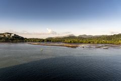 Öppning på inställningen till den Panama kanalen från öprinsessa fotografering för bildbyråer