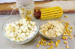 Öra av havre, popcorn och cornflakes Royaltyfri Foto
