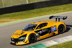 12 öre Hankook Mugello 18 marzo 2017: Estremo del GP #27, Renault RS01 GT3 Immagini Stock