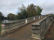 Öst parkerar bron i skrovet, Storbritannien royaltyfri fotografi