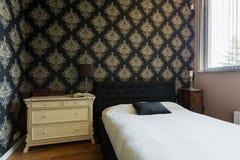 Österlänning dekorerat sovrum royaltyfria bilder