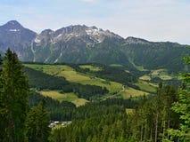 Österreich-Aussicht der Alpen Lizenzfreie Stockbilder