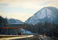 Österreich, schöne Winterlandschaft entlang Autobahn A10 nahe Salz Stockbild
