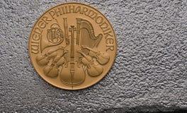 Österreichisches Gold philharmonisch auf Silberbarren Lizenzfreie Stockfotografie