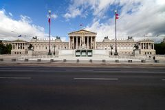 Österreichisches Parlamentsgebäude in Wien lizenzfreie stockfotografie