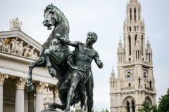 Österrike parlament och Wien stadshus arkivfoton