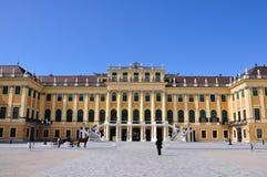 Österrike slottschonbrunn vienna Arkivfoton