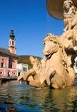 Österrike springbrunnuppehåll salzburg Arkivbild
