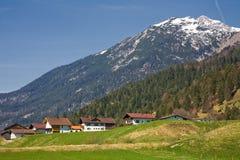 österrikisk by Royaltyfri Fotografi