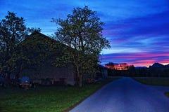 Österrikisk gryning för bana för lantgårdfjällängberg Royaltyfri Fotografi