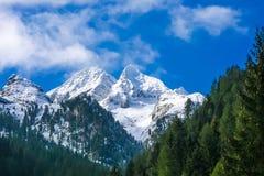 Österrikiska alps i zillertal Arkivbilder