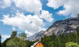 Österrikiska fjällängar i Gail Valley - Österrike Arkivbild