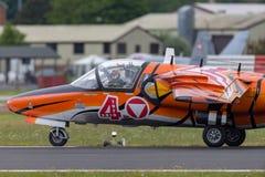Österrikiskt flygplan för instruktör för flygvapenÃ-sterreichische Luftstreitkräfte Saab 105 stråle Arkivbilder