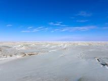 Östersjön is, himmel och moln Royaltyfri Fotografi