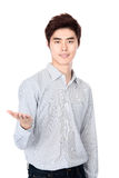 Östlig asiatisk koreansk studiostående för ung man Royaltyfria Bilder