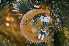 ÖSTLIG GRINSTEAD, VÄSTRA SUSSEX/UK - DECEMBER 20: Julgran De Royaltyfria Bilder