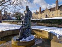 ÖSTLIG GRINSTEAD, VÄSTRA SUSSEX/UK - FEBRUARI 27: McIndoe minnesmärke Royaltyfri Fotografi