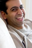 östlig lycklig indisk man royaltyfri fotografi