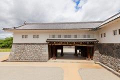 Östlig maingate av den andra borggården av den Yamagata slotten, Japan Royaltyfri Foto