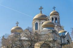 Östliga kors för ortodox kyrka Arkivfoton