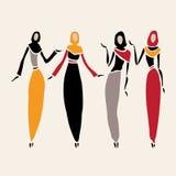 Östliga kvinnor i beslöjat Fotografering för Bildbyråer