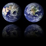 Östliga och västra halvklot för blå jord Royaltyfri Bild